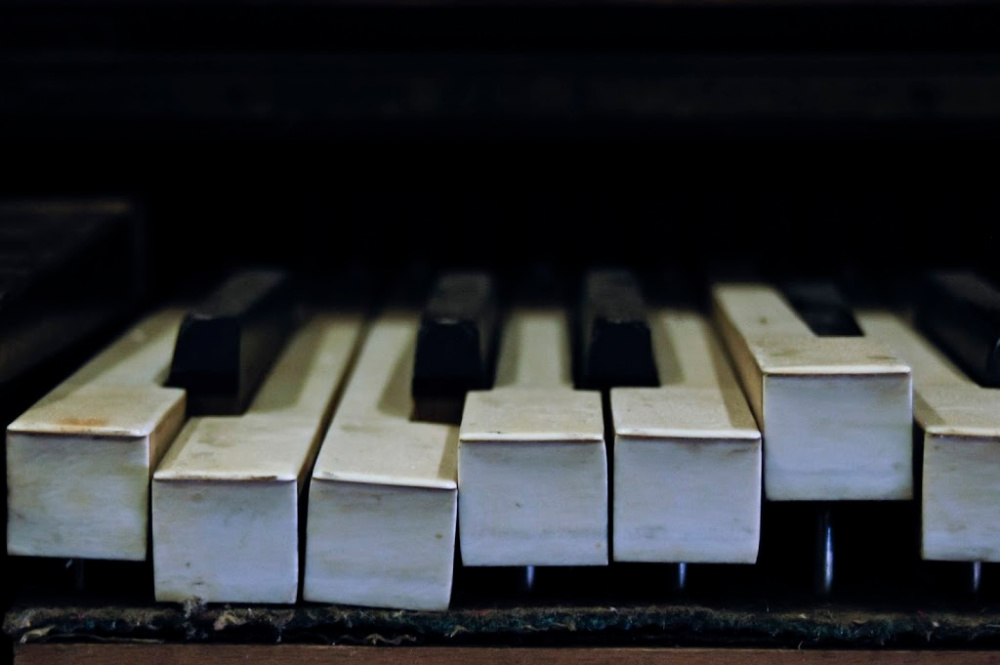 Broken Piano - Decluttering Tips - You'll never fix that thing.