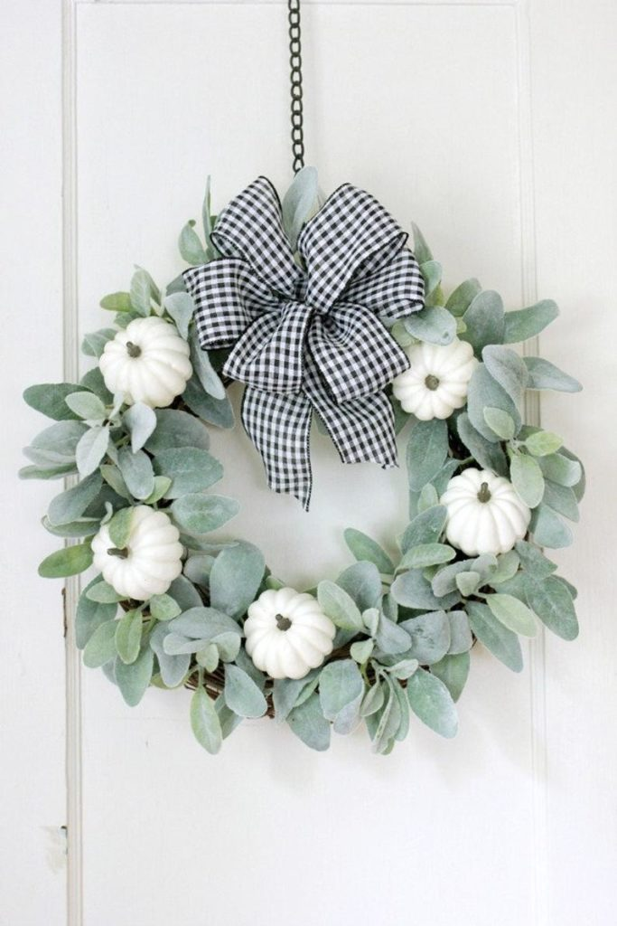 Farmhouse fall wreath idea with white pumpkins