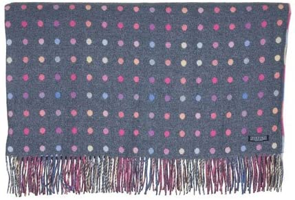 Pretty dotted blanket