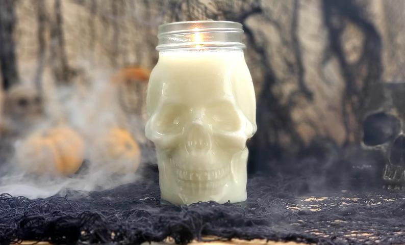 Simple Skull Candle
