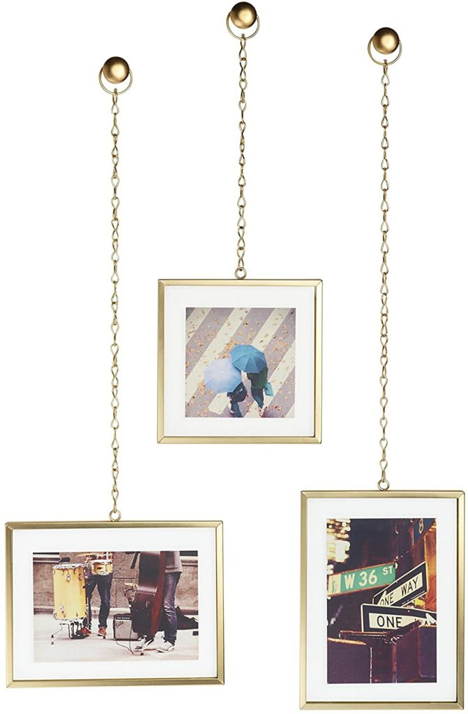 Hanging frames from a chain